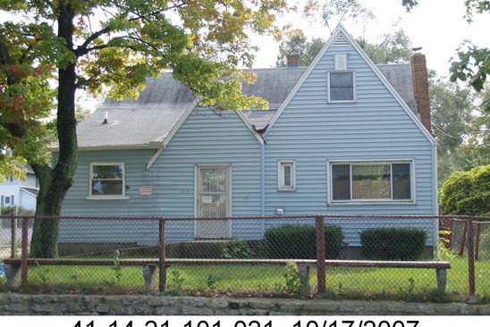 3 bed 1 bath Single Family at 1732 LEONARD ST NE GRAND RAPIDS, MI, 49505 is for sale at 100k - google static map