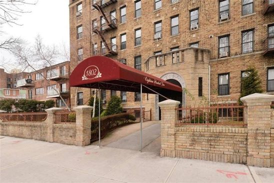 2 bed 1 bath Cooperative at 1802 Ocean Parkway B5 Brooklyn, NY, 11223 is for sale at 380k - google static map