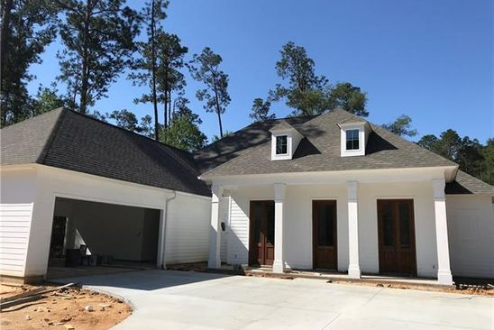 5 bed 4 bath Single Family at 225 Chateau Papillon Mandeville, LA, 70471 is for sale at 489k - google static map