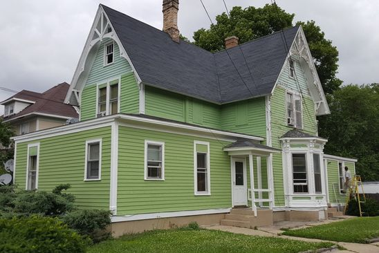5 bed 4 bath Multi Family at 347 SAINT CHARLES ST ELGIN, IL, 60120 is for sale at 225k - google static map