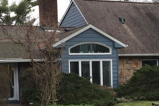 3 bed 3 bath Single Family at Undisclosed Address ROSLYN HEIGHTS, NY, 11577 is for sale at 1.15m - google static map