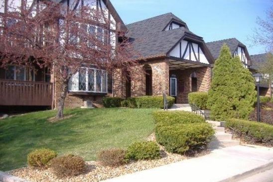 2 bed 2 bath Condo at 8900 N PARK PLAZA CT BROWN DEER, WI, 53223 is for sale at 70k - google static map