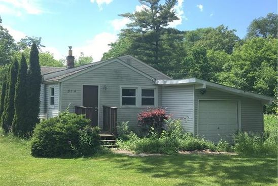 2 bed 1 bath Single Family at 314 BLIND TRL WHITE LAKE, MI, 48386 is for sale at 39k - google static map