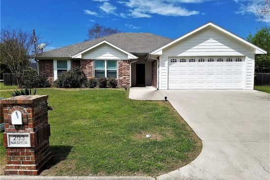 3 bed 2 bath Single Family at 203 NASHUA ST GROESBECK, TX, 76642 is for sale at 180k - google static map