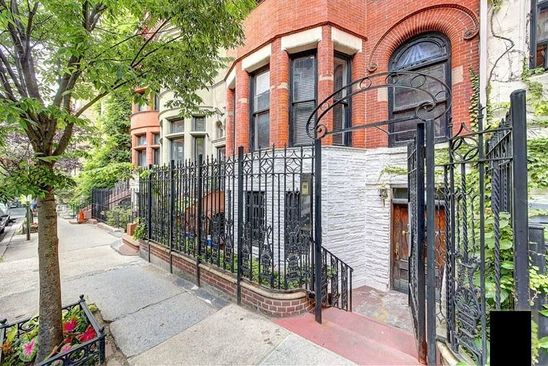10 bed 11 bath Townhouse at 137 W 81st St New York, NY, 10024 is for sale at 7.25m - google static map