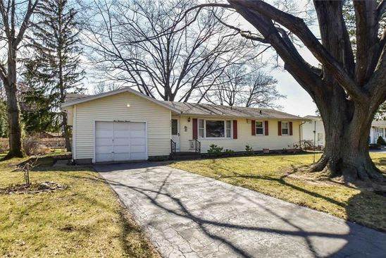3 bed 1 bath Single Family at 111 Mary Dr Rochester, NY, 14617 is for sale at 115k - google static map