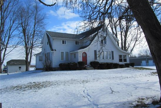4 bed 2 bath Single Family at 8061 TRANSIT RD EAST AMHERST, NY, 14051 is for sale at 200k - google static map