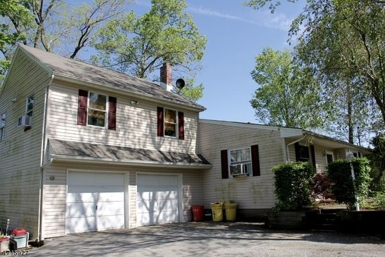 2 bed 2 bath Single Family at 424 CANISTEAR RD STOCKHOLM, NJ, 07460 is for sale at 175k - google static map