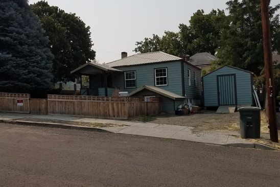 4 bed 2 bath Single Family at 616 E 9th St The Dalles, OR, 97058 is for sale at 250k - google static map