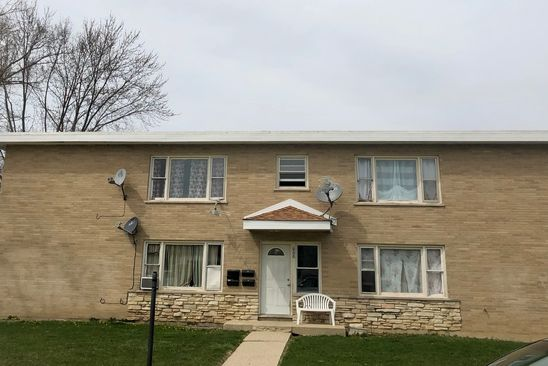 7 bed 8 bath Multi Family at 329 Avilon Ct Round Lake, IL, 60073 is for sale at 275k - google static map