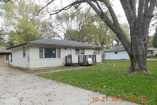 3 bed 1 bath Single Family at 36W346 South St Elgin, IL, 60123 is for sale at 40k - google static map