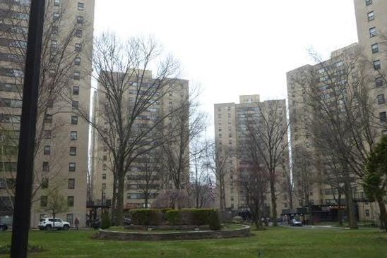 1 bed 1 bath Condo at 1 Fordham Hill Oval Bronx, NY, 10468 is for sale at 110k - google static map