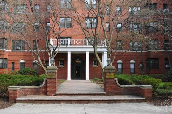 1 bed 1 bath Condo at 100 PROSPECT AVE HACKENSACK, NJ, 07601 is for sale at 210k - google static map