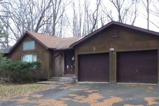 3 bed 3 bath Single Family at 11 Farview Ter Airmont, NY, 10901 is for sale at 230k - google static map