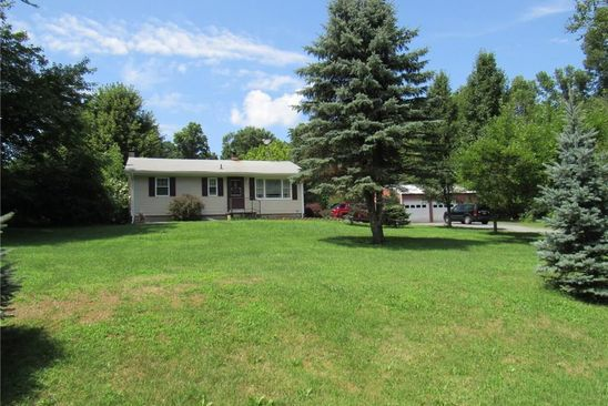 3 bed 1 bath Single Family at 387 Logtown Rd Port Jervis, NY, 12771 is for sale at 190k - google static map