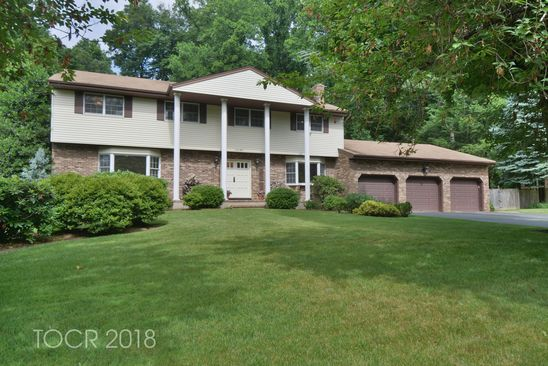 68 Carnot Ave, Woodcliff Lake, NJ 07677 | RealEstate com