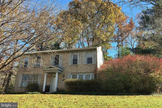 4 bed 3 bath Single Family at 11913 AMBLESIDE DR POTOMAC, MD, 20854 is for sale at 600k - google static map