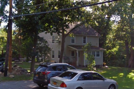 4 bed 2 bath Multi Family at 5 W LAKE BLVD MAHOPAC, NY, 10541 is for sale at 467k - google static map