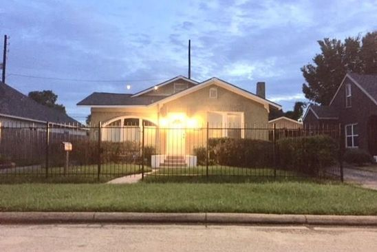2 bed 2 bath Single Family at 2710 Ruth St Houston, TX, 77004 is for sale at 262k - google static map