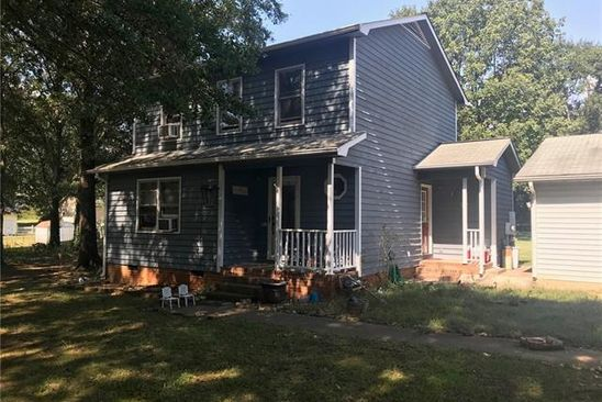 3 bed 2 bath Single Family at 124 2ND AVE BELMONT, NC, 28012 is for sale at 175k - google static map