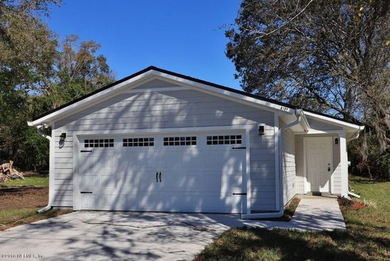 3 bed 2 bath Single Family at 8105 Firetower Rd Jacksonville, FL, 32210 is for sale at 165k - google static map