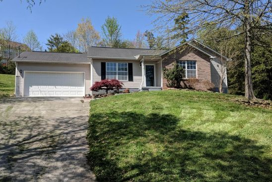 3 bed 2 bath Single Family at 180 Crestfield Ln Lenoir City, TN, 37771 is for sale at 150k - google static map