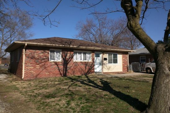 3 bed 1.5 bath Single Family at 501 SAINT NICHOLAS DR CAHOKIA, IL, 62206 is for sale at 45k - google static map
