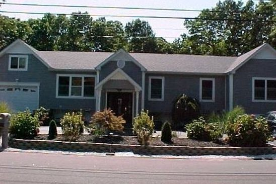 6 bed 5 bath Single Family at 18 LYNBROOK ST CENTEREACH, NY, 11720 is for sale at 463k - google static map