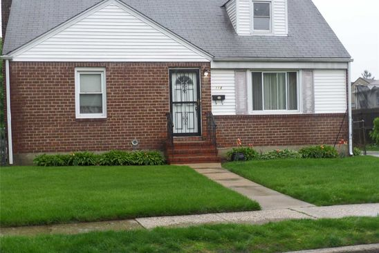 4 bed 2 bath Single Family at Undisclosed Address Uniondale, NY, 11553 is for sale at 365k - google static map