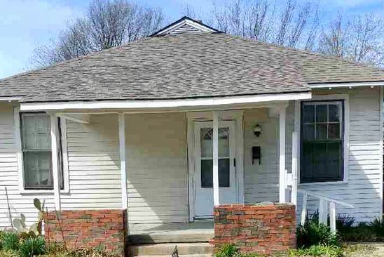 3 bed 1 bath Single Family at 1443 SUMMIT ST MUSKOGEE, OK, 74403 is for sale at 29k - google static map