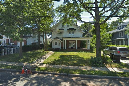 6 bed 3 bath Single Family at 115 LAFAYETTE PL WOODMERE, NY, 11598 is for sale at 950k - google static map