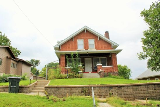 3 bed 2 bath Single Family at 1013 S Helen St Sioux City, IA, 51106 is for sale at 117k - google static map
