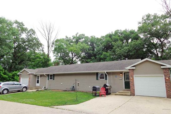 6 bed 2 bath Multi Family at 420 Bird Ave Bartonville, IL, 61607 is for sale at 150k - google static map