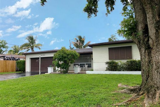 3 bed 2 bath Single Family at 2121 Everglades Dr Miramar, FL, 33023 is for sale at 269k - google static map