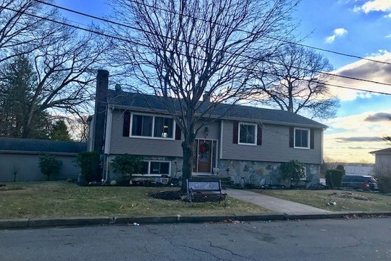 5 bed 2 bath Single Family at 5 KAREN DR NORTH PROVIDENCE, RI, 02911 is for sale at 280k - google static map