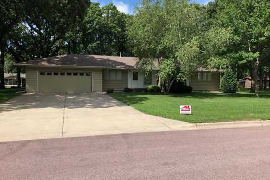3 bed 3 bath Single Family at 735 CLEVELAND AVE W WINNEBAGO, MN, 56098 is for sale at 189k - google static map
