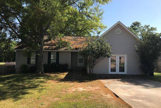 3 bed 3 bath Single Family at 102 ERIC DR BONAIRE, GA, 31005 is for sale at 130k - google static map
