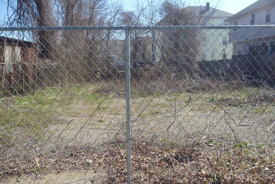 null bed null bath Vacant Land at 16 MELROSE ST PROVIDENCE, RI, 02907 is for sale at 50k - google static map