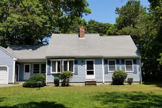 4 bed 2 bath Single Family at 15 Tara Ter Bourne, MA, 02532 is for sale at 325k - google static map