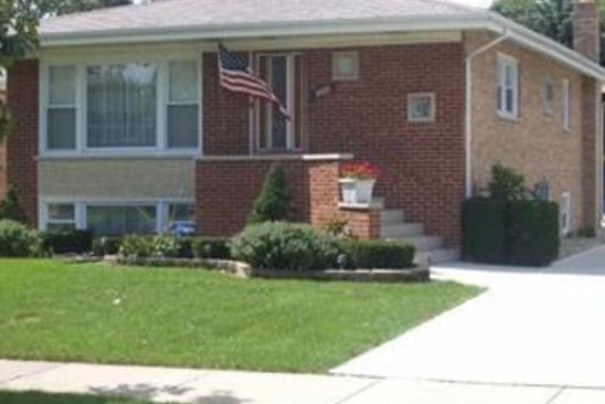 4 bed 2 bath Single Family at 8400 LAVERGNE AVE BURBANK, IL, 60459 is for sale at 175k - google static map