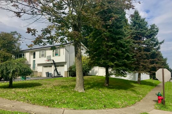 4 bed 3 bath Single Family at 2 CANDLEWOOD RD HARRIMAN, NY, 10926 is for sale at 375k - google static map