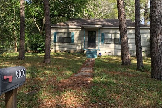 2 bed 1 bath Single Family at 800 Chinook St Dothan, AL, 36303 is for sale at 41k - google static map