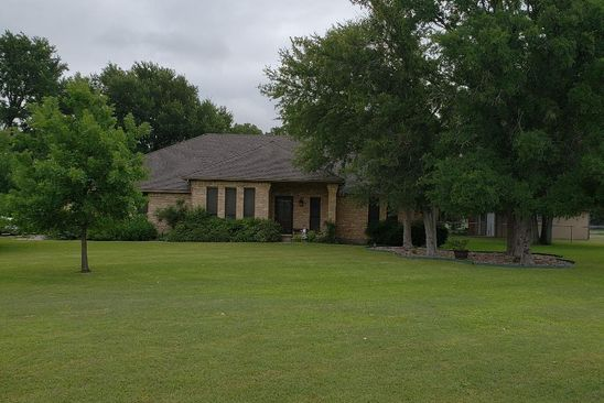 4 bed 2 bath Single Family at 104 Bluff View Dr Willow Park, TX, 76087 is for sale at 300k - google static map