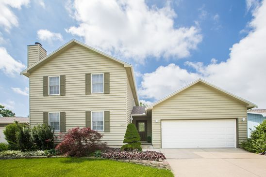 3 bed 3 bath Single Family at 1403 Chadwick Dr Normal, IL, 61761 is for sale at 155k - google static map