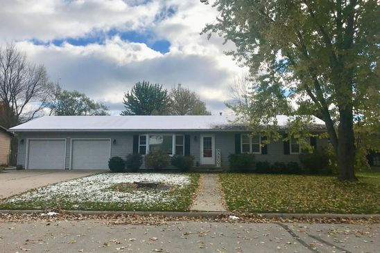 3 bed 2 bath Single Family at 1117 W MARION ST LAKE CITY, MN, 55041 is for sale at 200k - google static map