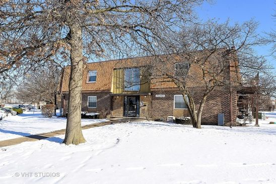 1 bed 1 bath Condo at 7S065 Suffield Ct Westmont, IL, 60559 is for sale at 86k - google static map