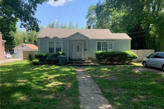 2 bed 1 bath Single Family at 1338 Richland Dr Charlotte, NC, 28211 is for sale at 250k - google static map