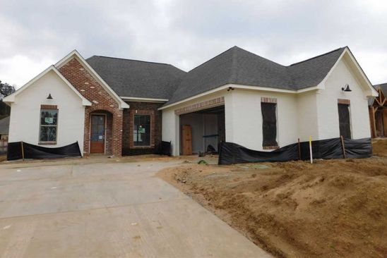 4 bed 3 bath Single Family at 325 River Forest Ln Brandon, MS, 39047 is for sale at 297k - google static map