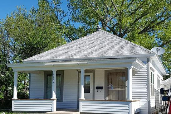 2 bed 1 bath Single Family at 1019 Alger Ave Cody, WY, 82414 is for sale at 186k - google static map