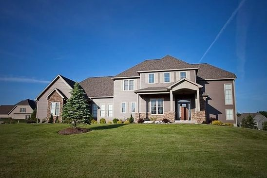 5 bed 4 bath Single Family at 4028 Deer Crossing Run Manlius, NY, 13104 is for sale at 700k - google static map